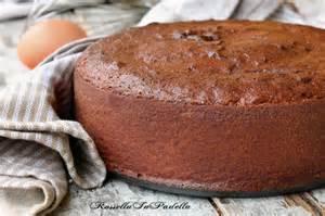 Pan di spagna al cacao